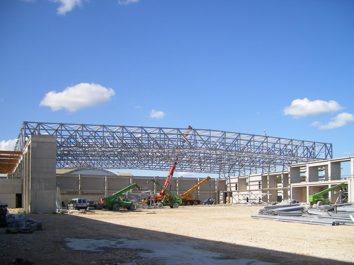 Nuovo padiglione espositivo fiera del levante for Inquadratura del tetto del padiglione